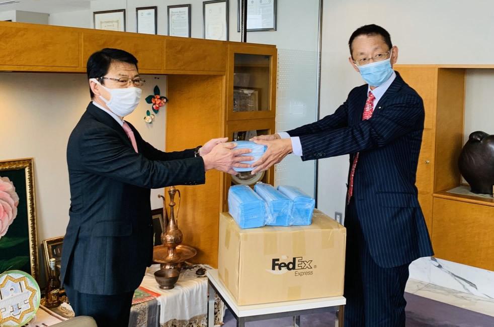 伊東市にマスク2000枚を寄贈しました!